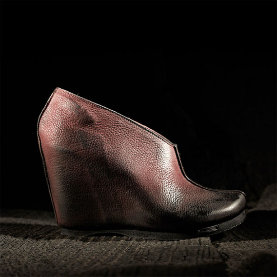 peter_non_aw15_side_redshadows_side